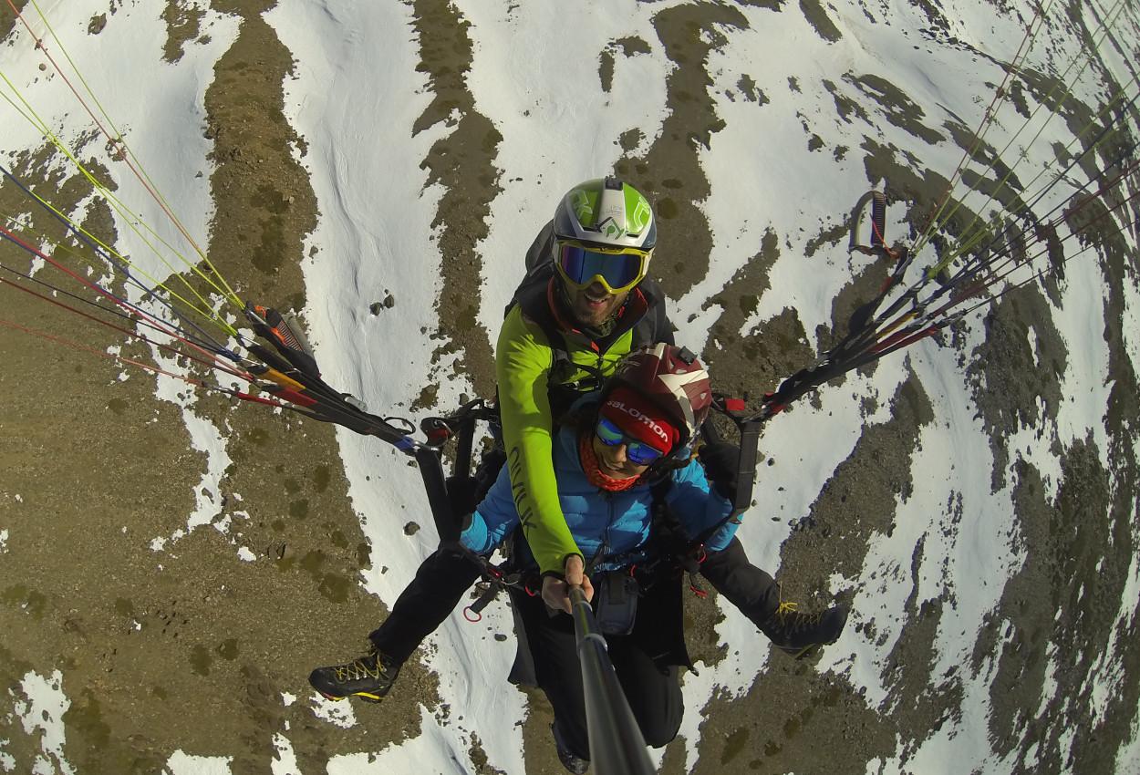 Descenso en parapente desde Sierra Nevada