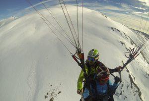 Montaña, nieve y vuelo